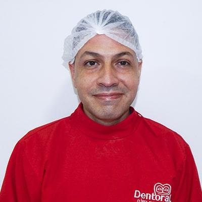 Doctor Juan carlos lopes - Ortodoncista y periodoncista